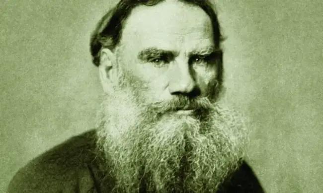 Tolstoy Bize Bakıyor